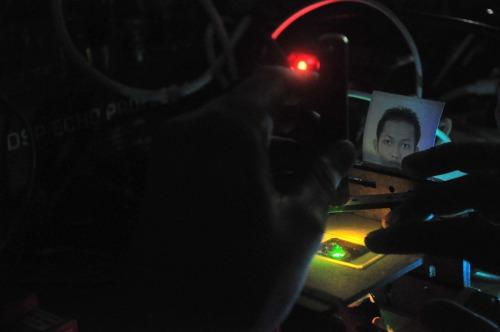 closing performance KPY 2013 - akbar on microscope asik
