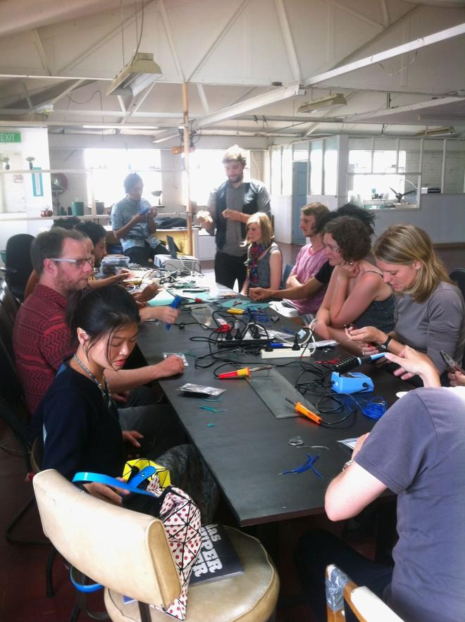 IBP Squaresynth - DIY Electronic Workshop Medialab Melbourne 01 web