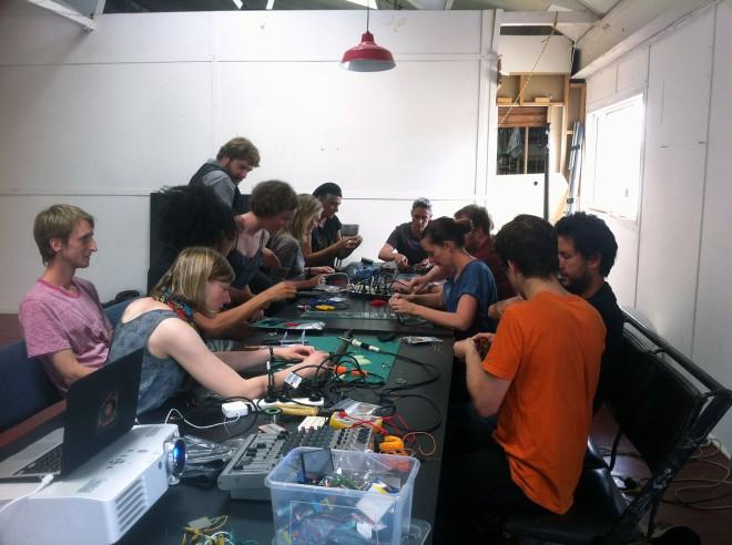 IBP Squaresynth - DIY Electronic Workshop Medialab Melbourne 03 web