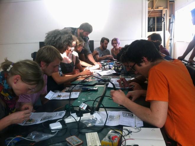 IBP Squaresynth - DIY Electronic Workshop Medialab Melbourne 07 web