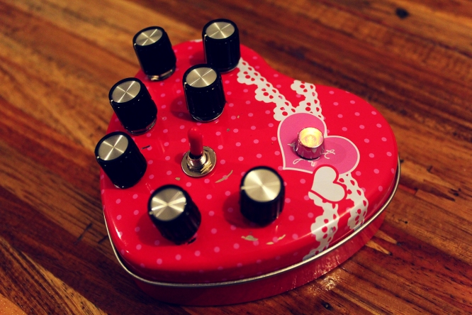 8-bit Love Synth: based on 8-bit Solidsynth