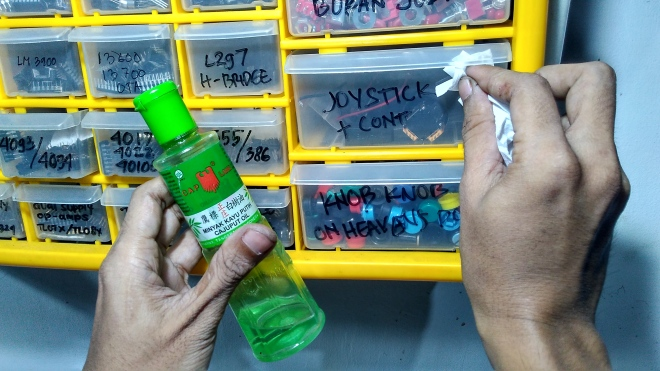 Conveniencely Yours -Cap Lang - Cajuput Oil.jpg